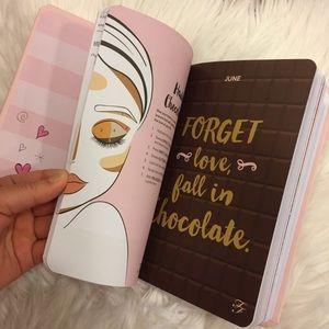 Too faced 2018 beauty agenda